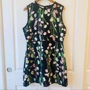 Victoria Beckham black floral dress XL
